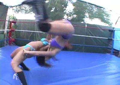 Female Suplex - Christie Ricci vs Onyx - Ladies Pro Wrestling