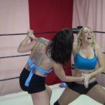 Amber O'Neal vs Christie Ricci - Hand Claw Wrestling