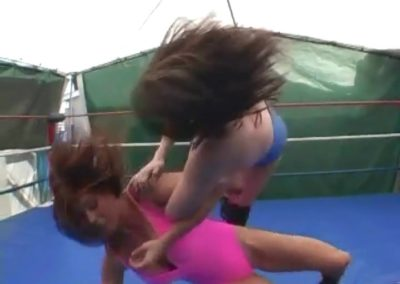 Christie Ricci vs Genni Right - Women's Pro Wrestling!