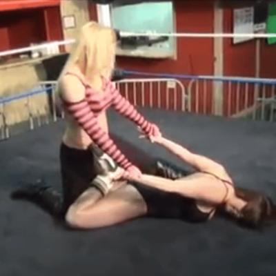 Amber O Neal vs Christie Ricci - cherry bomb wrestling