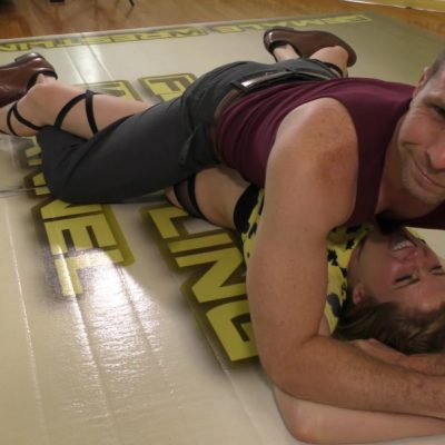 Grapevine Pin - When Owners Collide - Johnny Ringo vs Monroe Jamison - Mixed Wrestling Photoshoot