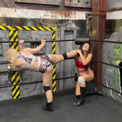 Aria Blake vs Salina De La Renta - #3 - UWW Pro Women's Wrestling