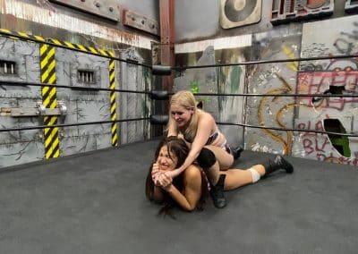Camel Clutch - Aria Blake vs Salina De La Renta - #3 - UWW Pro Women's Wrestling