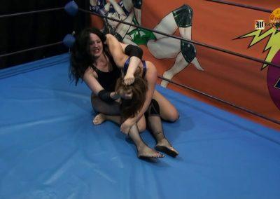 Elga vs Gotika - Wrestling Castle - Real Women's Wrestling!