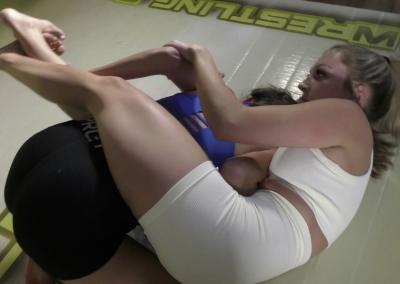 Bodyscissors - Ellcee Marvela vs Summer Shameless - 2021 - Competitive Female Wrestling
