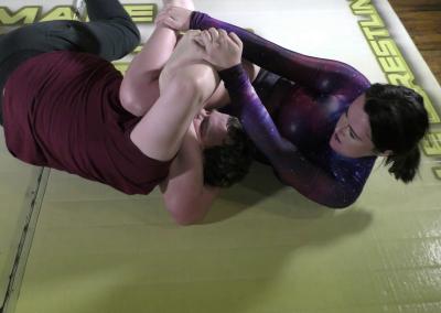 Figure Four Headscissor - Offense/Defense - Astra Rayn vs Jason - Real Mixed Wrestling - The Female Wrestling Channel